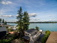 Outstanding Lake Tapps Waterfront Home For Sale