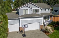 Fantastic 4 Bedroom Bonney Lake House for Sale